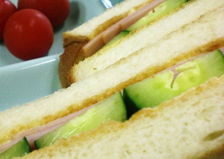 Recipe: Appetizing Kissaten Style Ham and Cucumber Toasted Sandwich