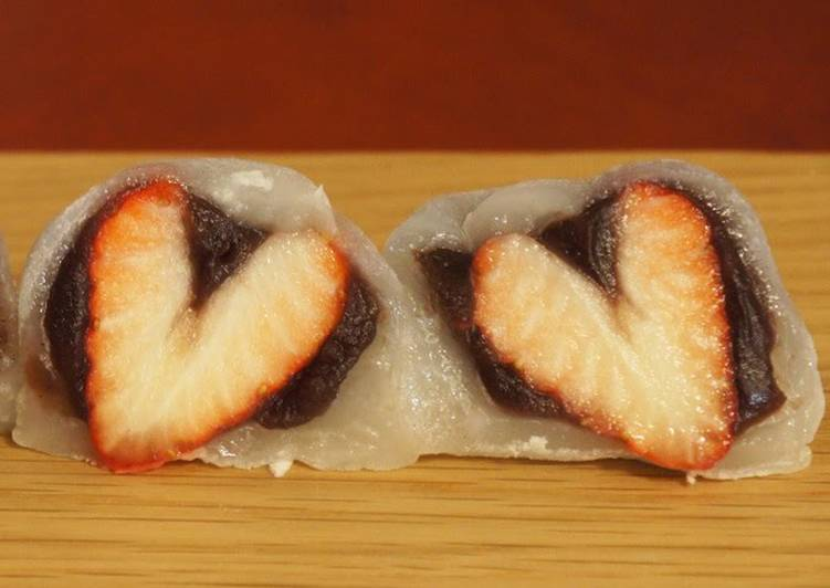 Consume These 25 Superfoods to Go Green for Better Health, Simple Heart-Shaped Strawberry Daifuku