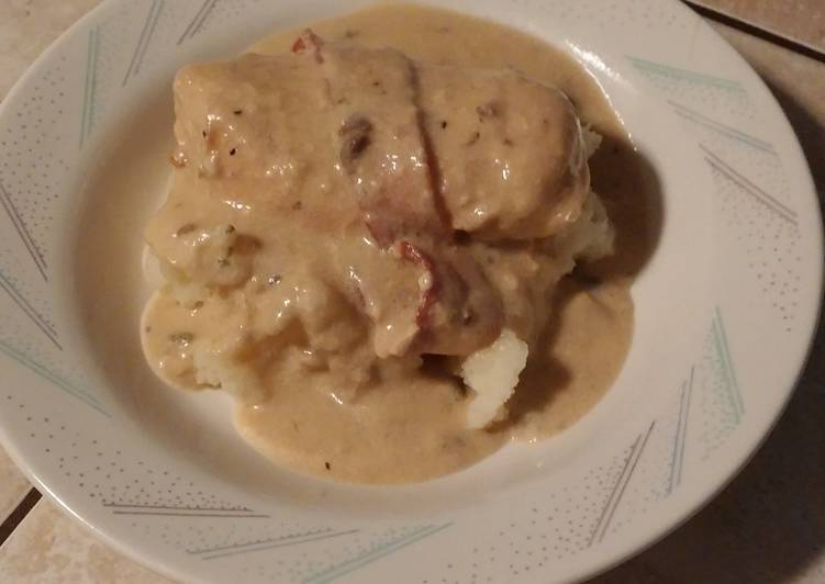 Easiest Way to Make Perfect Sour Cream and Bacon Crockpot Chicken