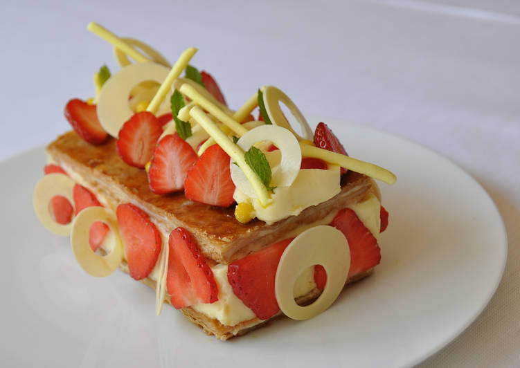 Easiest Way to Prepare Quick Millefeuille aux Fraises