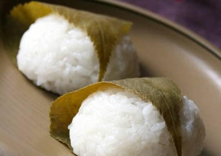 White Sakura Mochi (Cherry Blossom Rice Cakes) Recipe by