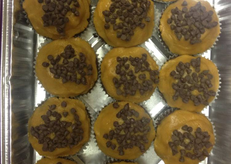 Recipe of Favorite Easy Peanut Butter Cup Cupcakes