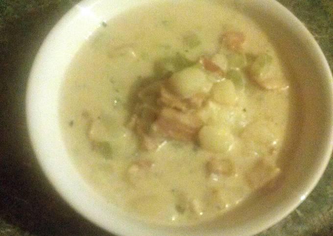 Potatoe and bacon soup