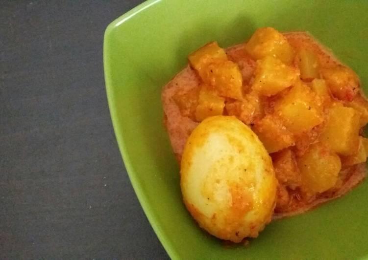 Sayur Telur & Kentang / Potato and Eggs in Coconut Milk