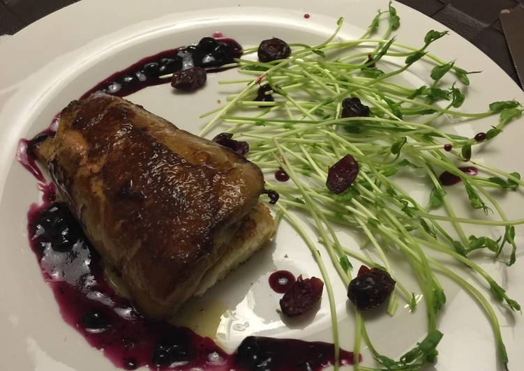 Recipe of Ultimate Foie Gras With Blueberry Sauce