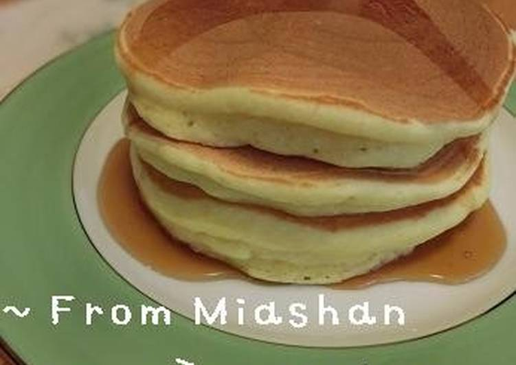 Fluffy and Moist Pancakes with Silken Tofu