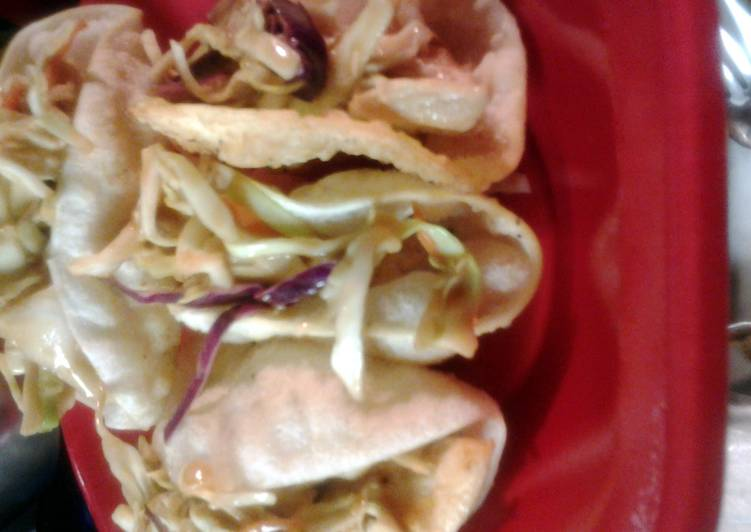 Recipe of Any-night-of-the-week copycat recipe for Applebees wonton chicken tacos