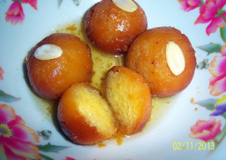 How to Cook Appetizing Sobzee's indian Gulab jamun (doughnut like balls soaked in syrup