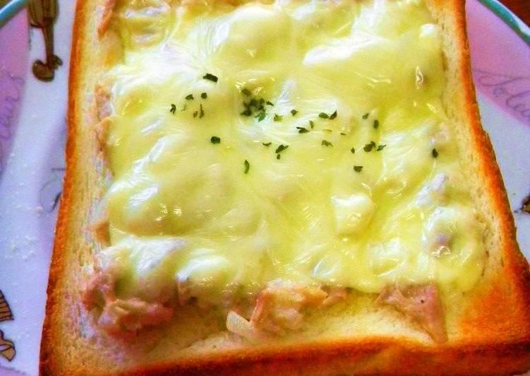 Easy Tuna Cheese Toast