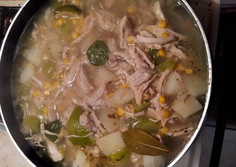 Tortilla chicken lime soup