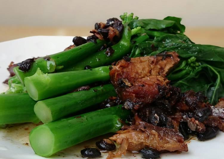 Chinese Brocoli With Black Bean Mackerel