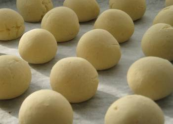 Easiest Way to Recipe Appetizing Fluffy  Chewy Pao de Queijo Cheese Bread