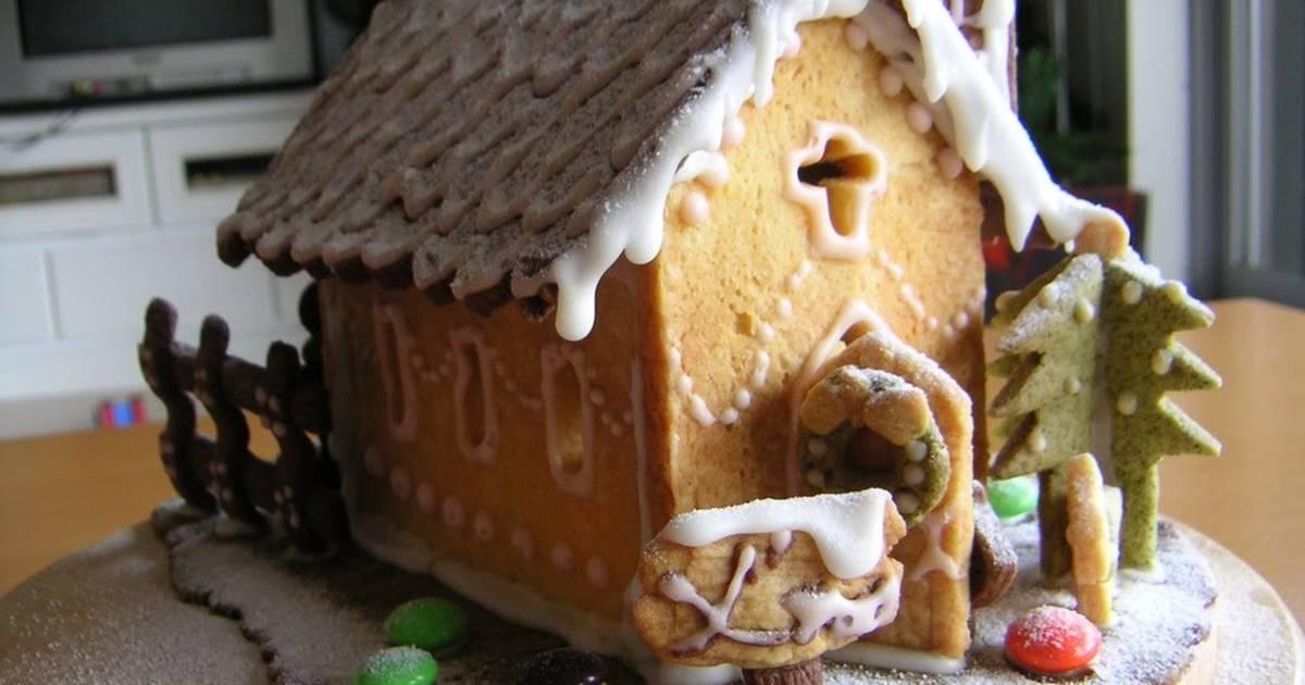 Christmas Cookie House