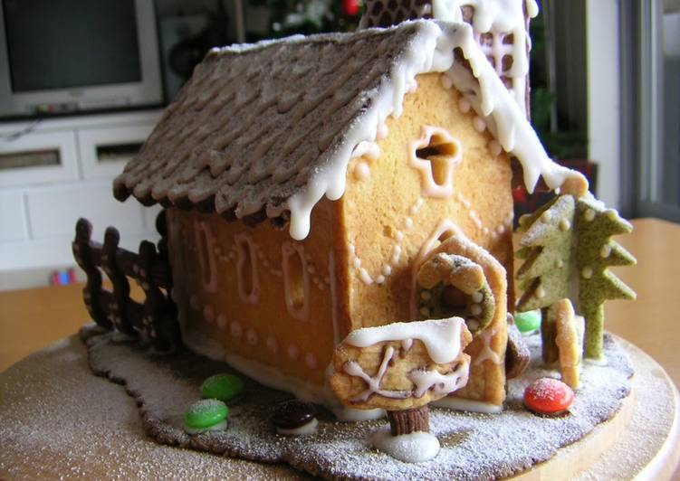 How to Prepare Tasty Christmas Cookie House