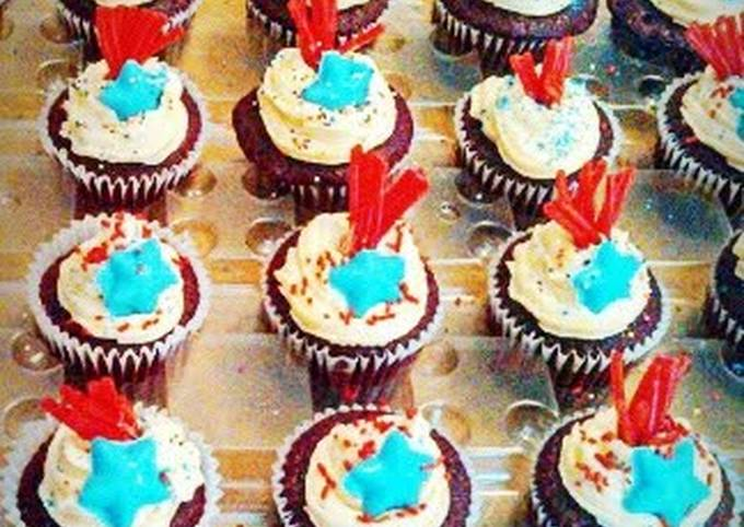 Ray's' 4th of July Firecracker Cupcakes
