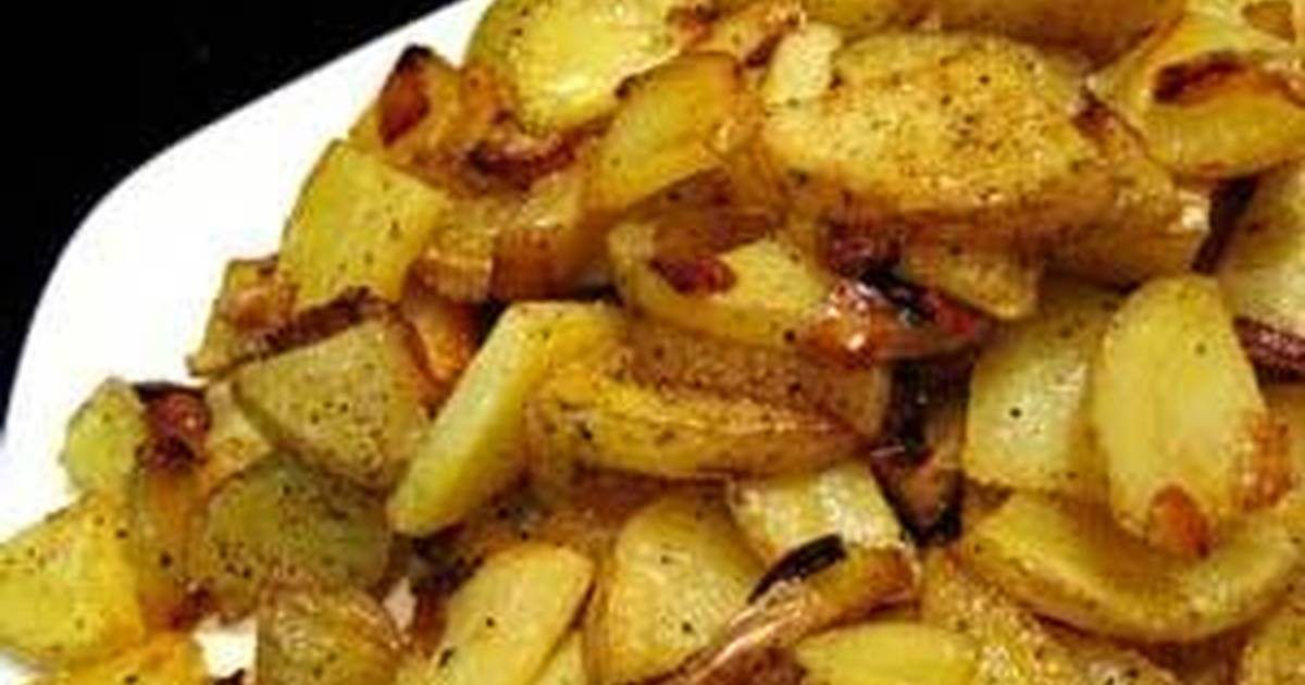 Sauteed Fried Garlic Flavored Potatoes And Onions Recipe By Rod Man87 Cookpad