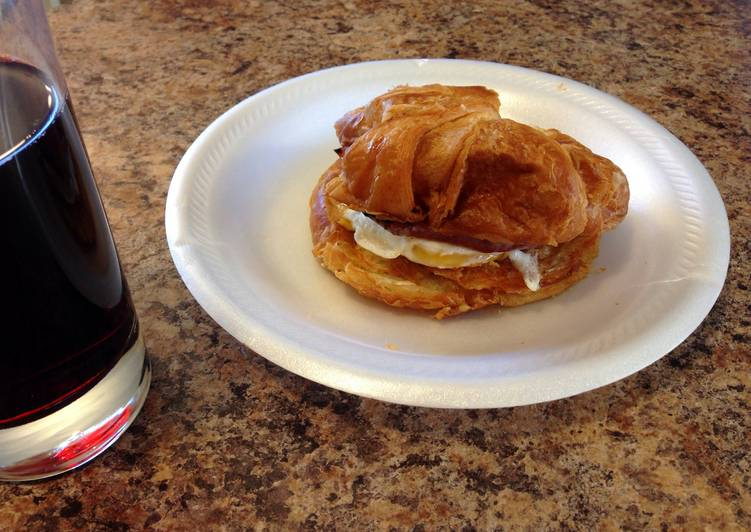 Easiest Way to Cook Perfect Croissant Breakfast Sandwich