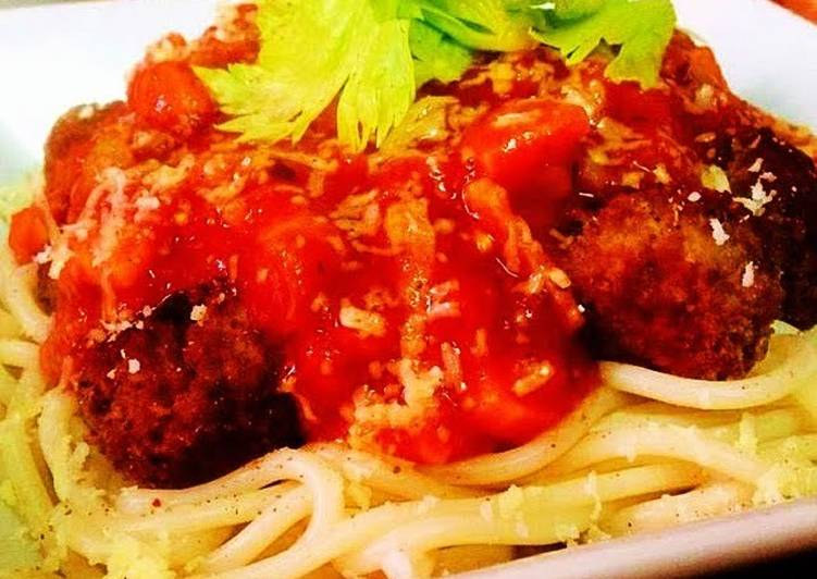 Spaghetti with Spicy Meatballs And Tomato And Bacon Sauce, Some Foods That Benefit Your Heart
