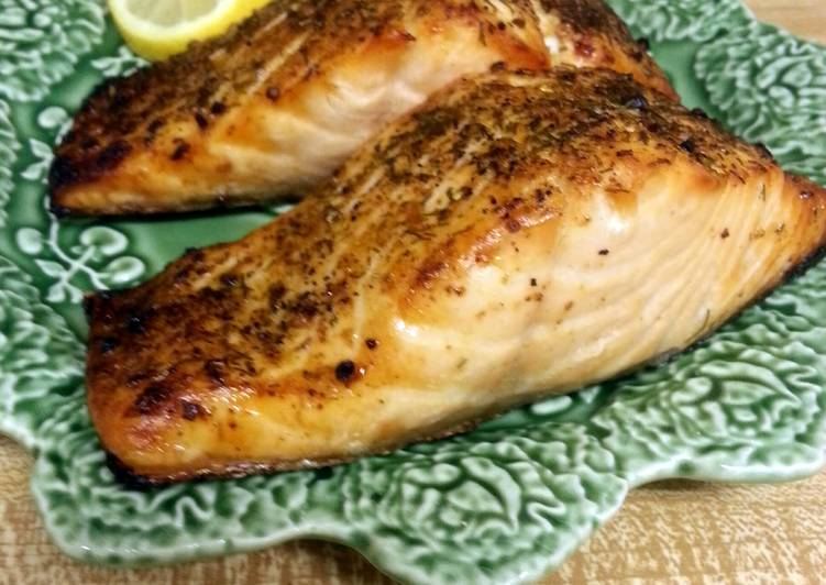 Herbed Broiled Salmon