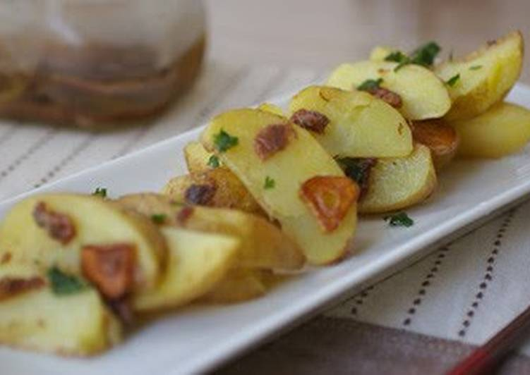 Recipe of Perfect Anchovy Flavored Potatoes