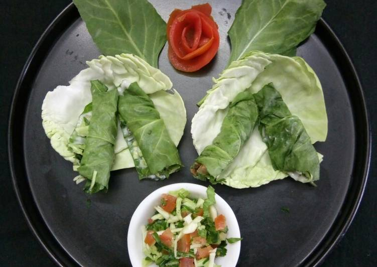 Steps to Make Quick Spinach mix salad roll