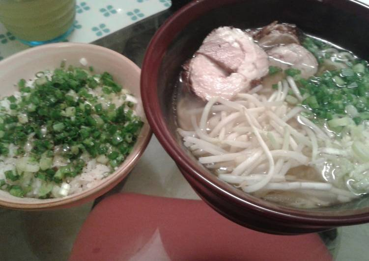 Recipe: Appetizing Negi-Meshi (Rice with Leeks) from a Ramen Noodle Bar