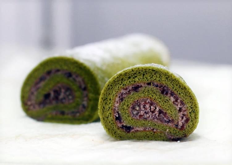 Recipe: Delicious Matcha Swiss Roll with Azuki Cream