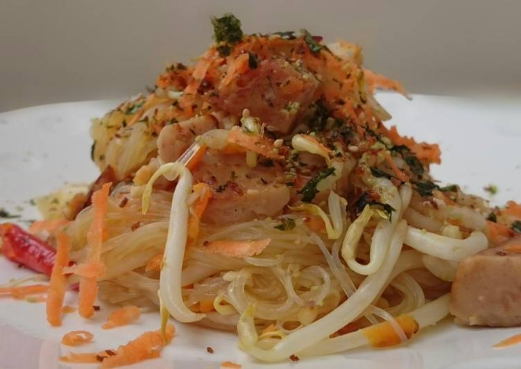 What is Dinner Easy Diet Perfect Glass Noodle And Spam Stir Fry