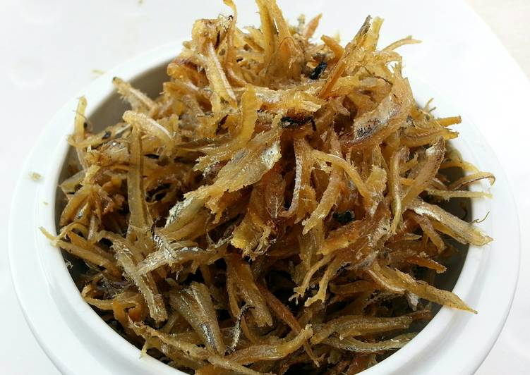 Fried Dried Anchovies / IkanBilis