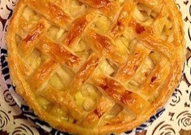 Steps to Make Favorite Crispy Apple Pie!