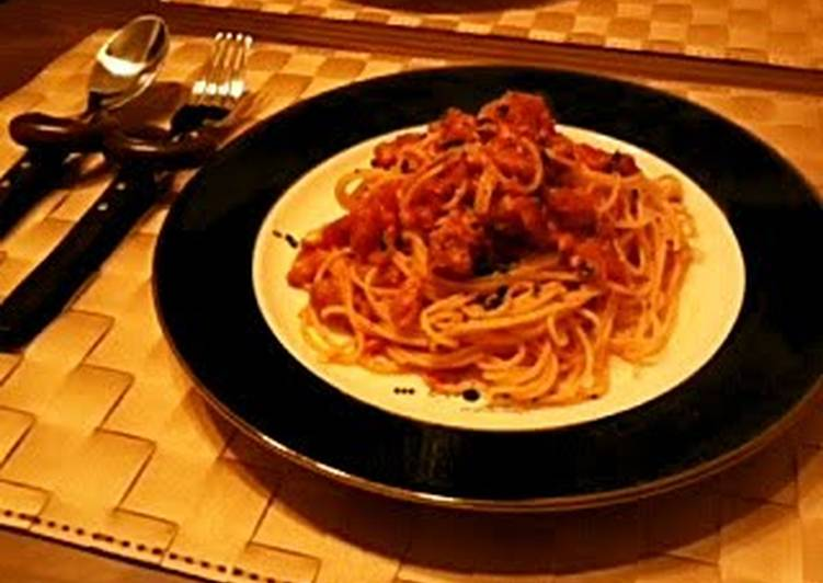 Easy and Authentic Pasta in Tuna Tomato Sauce