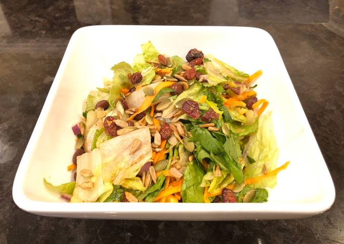 Healthy Lettuce Salad with Homemade Dressing