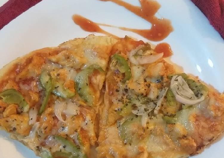 Recipe of Homemade Chicken tikka pizza