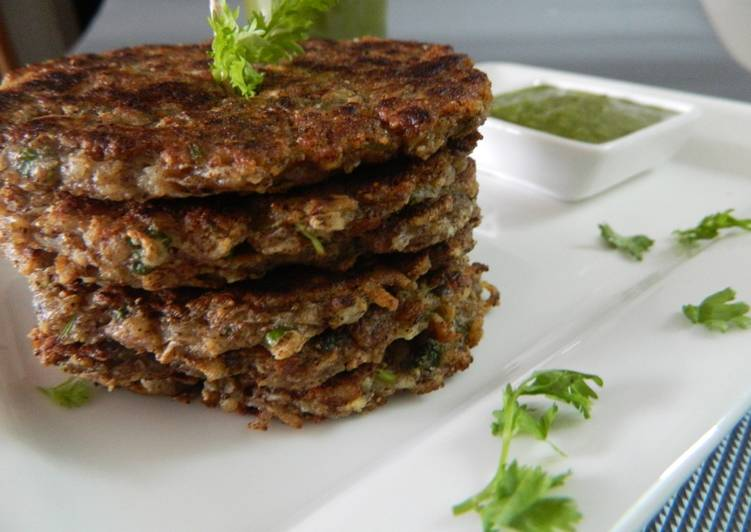 Raw Banana And Cottage Cheese Fritters Recipe By Priyanka Gandhi Mehta Cookpad