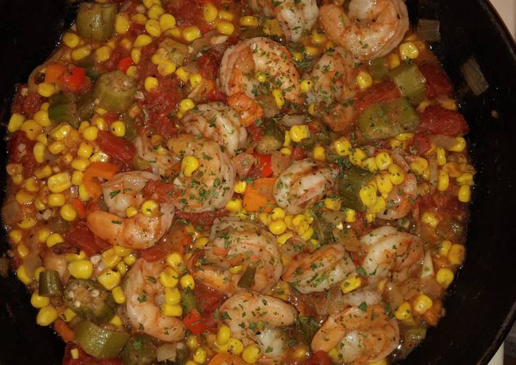 The Simplest Way to Make Perfect Creole Succotash with Shrimps