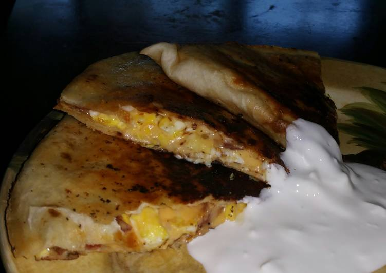 Recipe: Tasty Cast Iron Breakfast Quesadillas for Two