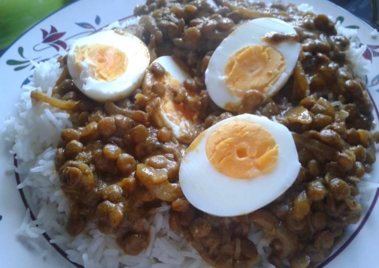 Easy Cheap Dinner Egg & Lentil Curry