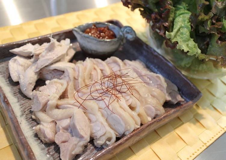 Moist and Healthy Poached Chicken