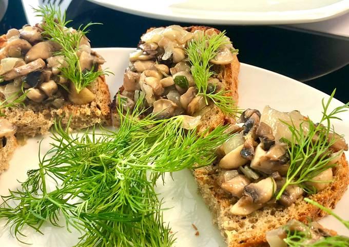 Bruschettas aux champignons