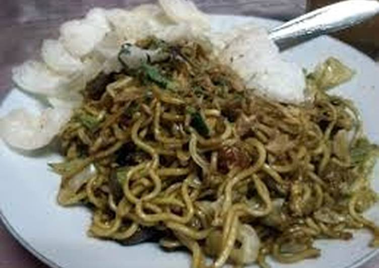Recipe: Yummy Javanese fried noodles