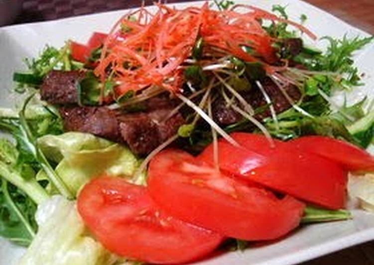Easiest Way to Prepare Appetizing Balsamic Steak Salad
