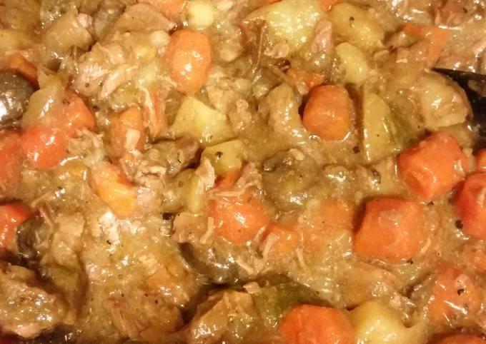Peppery Crockpot Beef Stew