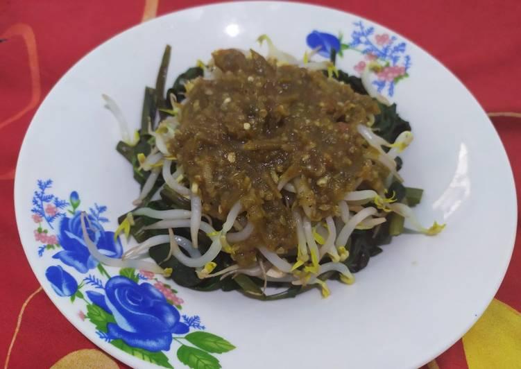 Rujak kangkung (khas Ciledug-Cirebon)