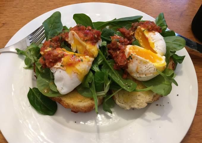 Recipe: Yummy Poached eggs and tomato salsa