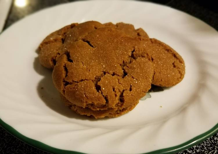 Dad's Favorite Molasses Cookies