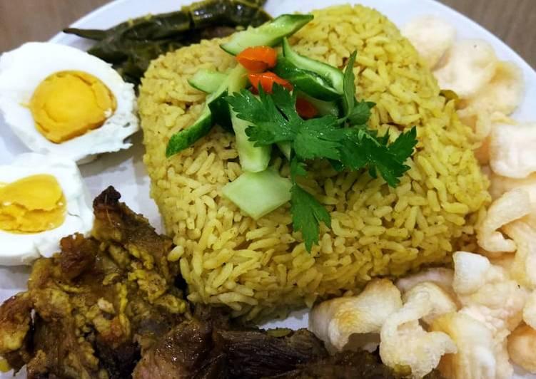 Nasi kebuli daging kambing simple - cookandrecipe.com