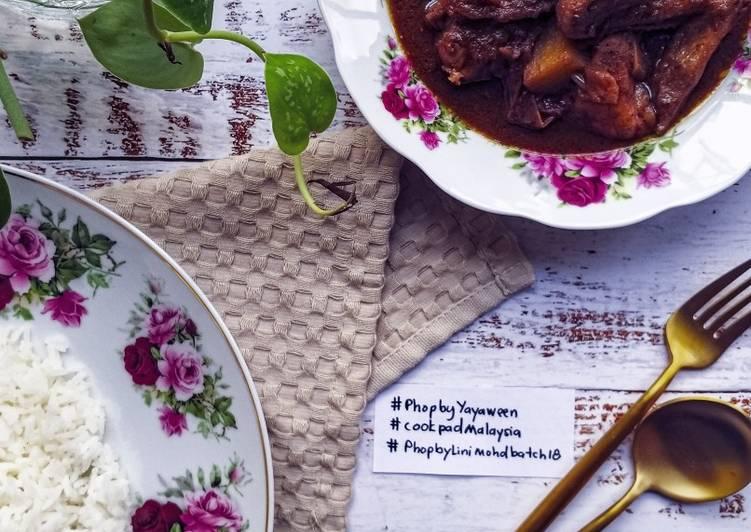 Ayam Masak Hitam Ala Kenduri #phopbylinimohd #batch18 - velavinkabakery.com