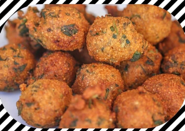 Recipe of Quick Kathiyavadi methi gota (feguneek leaves pakode dhara kitchen recipes)