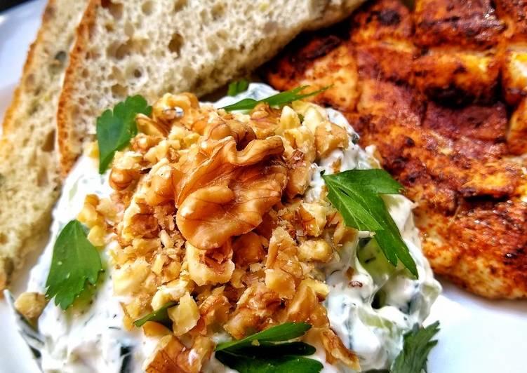 Bulgarian Cucumber & Yogurt Salad (Snezhanka - Снежанка)