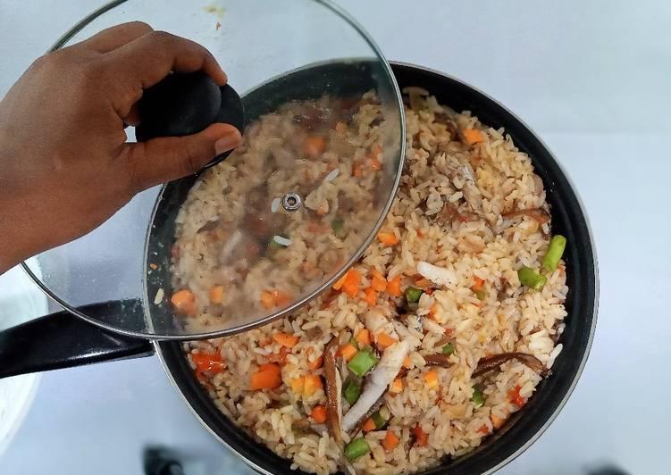 Recipe of Most Popular How to Make Coconut Jollof Rice